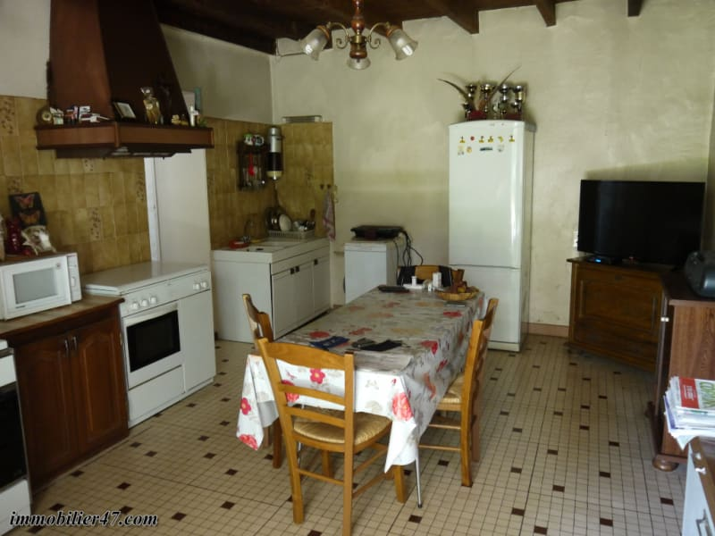 Sale house / villa Tombeboeuf 159 500€ - Picture 4