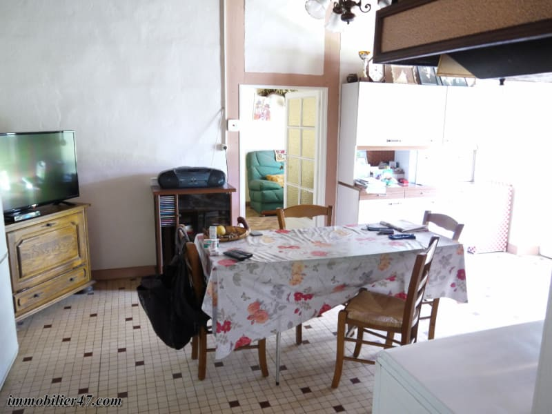 Sale house / villa Tombeboeuf 159 500€ - Picture 6