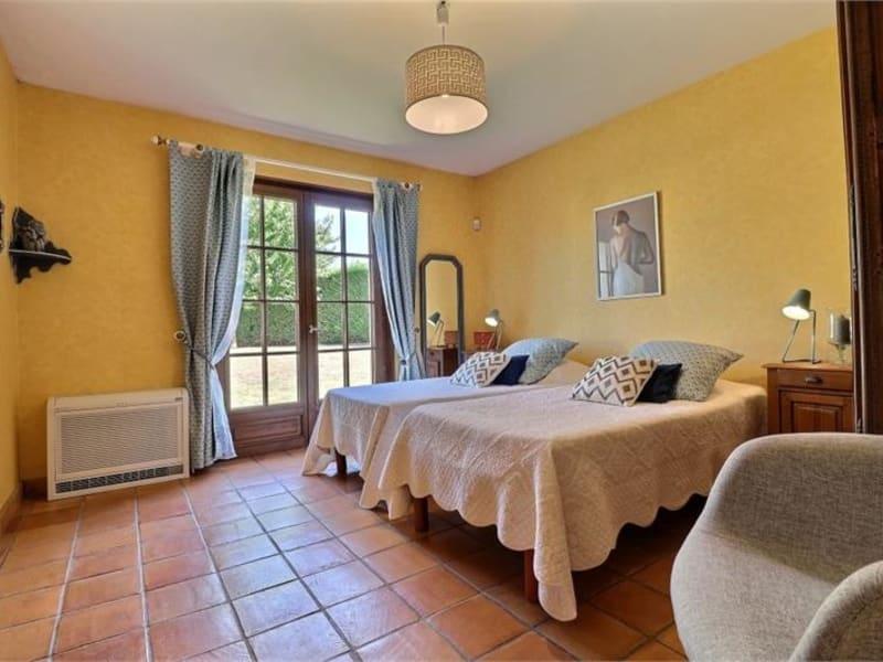 Sale house / villa Feucherolles 950000€ - Picture 4