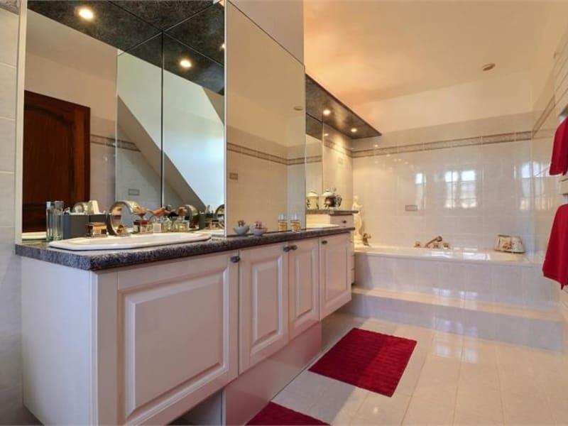 Sale house / villa Feucherolles 950000€ - Picture 9