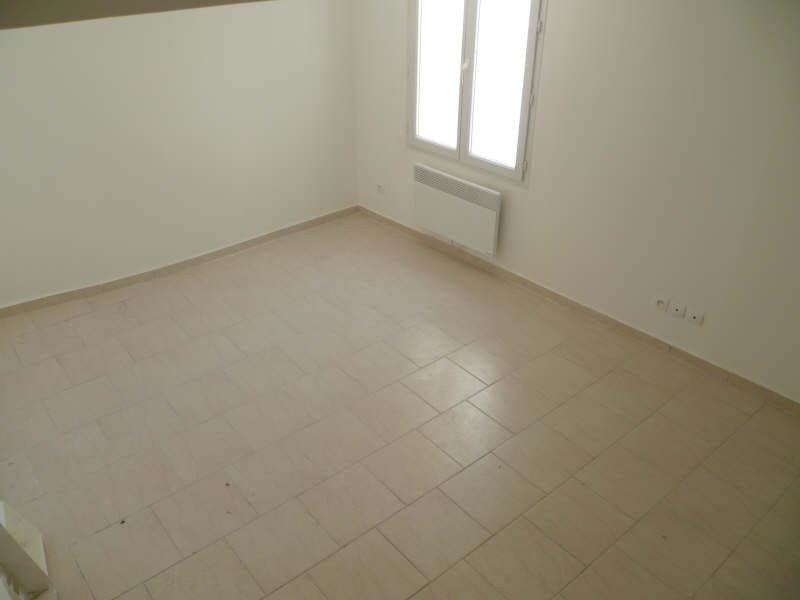Rental apartment St maximin la ste baume 470€ CC - Picture 3