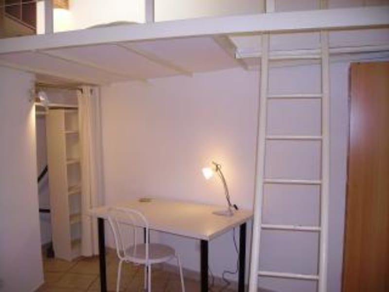 Rental apartment Aix en provence 480€ CC - Picture 2