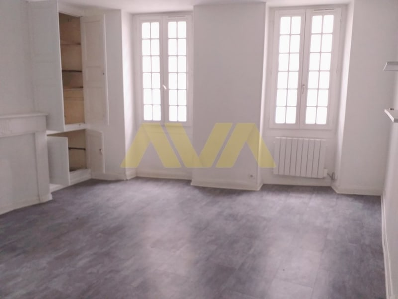 Location appartement Oloron-sainte-marie 350€ CC - Photo 2