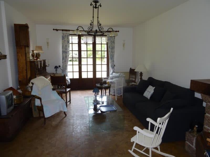 Sale house / villa Plourac h 98440€ - Picture 4