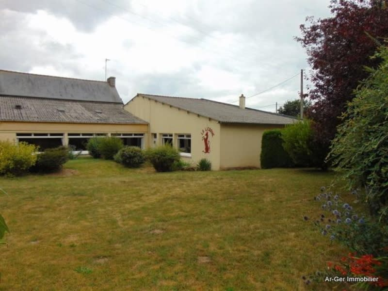 Sale house / villa Plesidy 117700€ - Picture 2