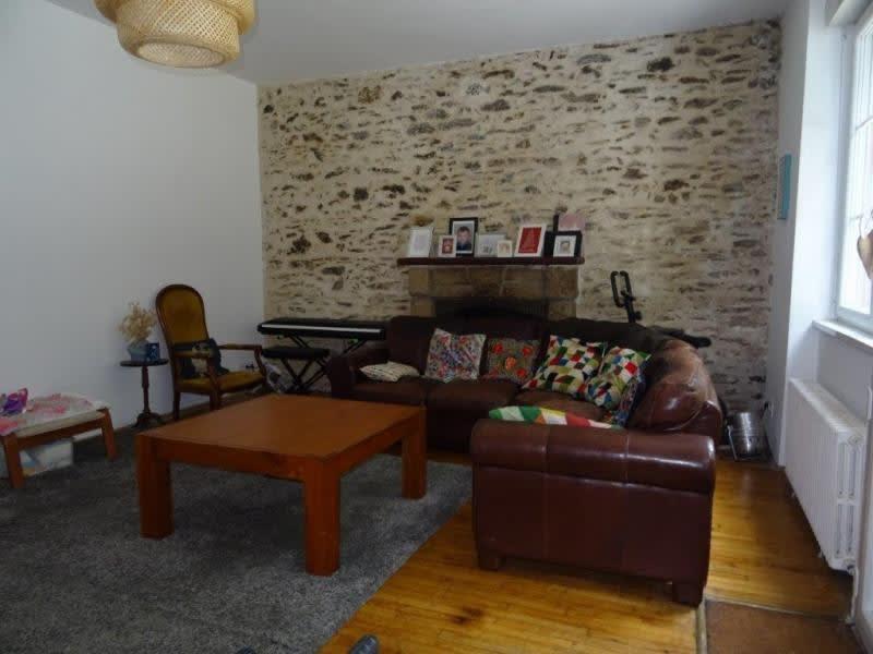Sale house / villa Callac de bretagne 112350€ - Picture 3