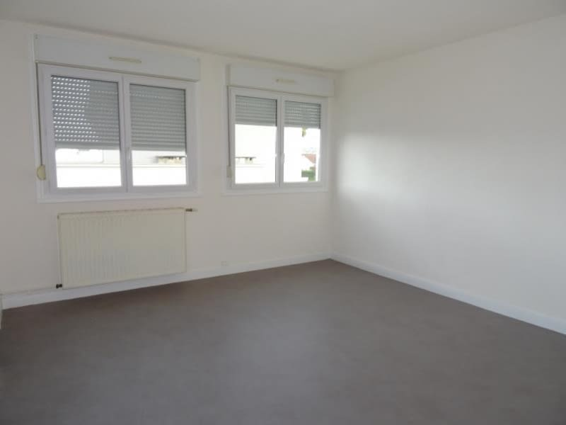 Location appartement Le coteau 490€ CC - Photo 3