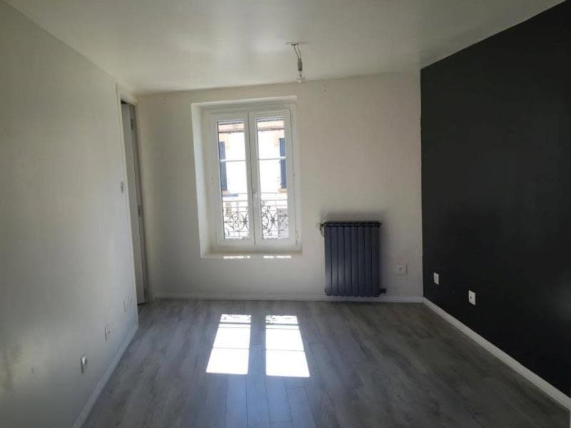 Rental apartment Roanne 360€ CC - Picture 2