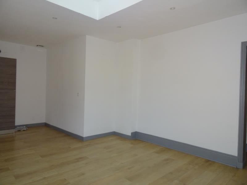 Rental apartment Roanne 700€ CC - Picture 3