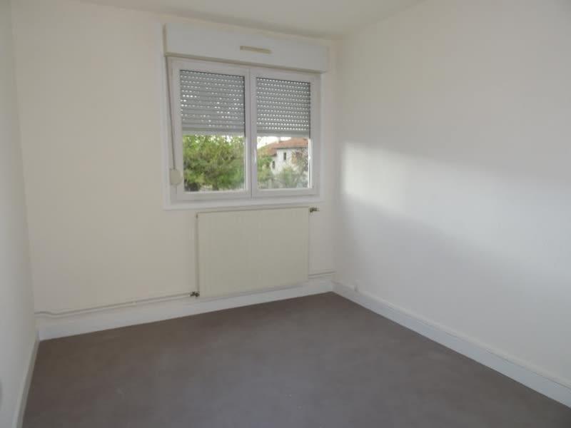 Rental apartment Le coteau 540€ CC - Picture 2