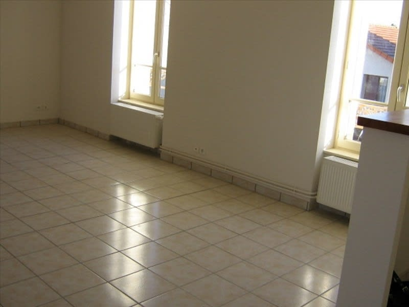 Rental apartment Roanne 571,62€ CC - Picture 2