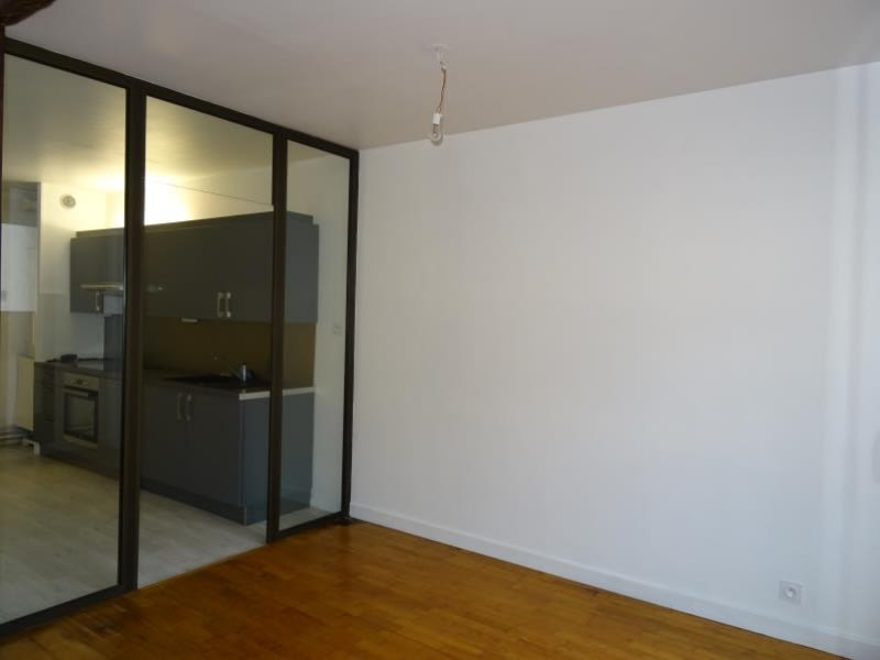 Rental apartment Roanne 710€ CC - Picture 2