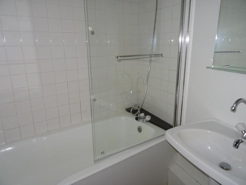 Location appartement Roanne 395€ CC - Photo 5