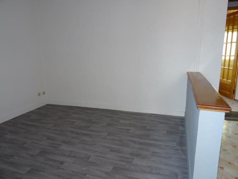 Rental apartment Le coteau 335€ CC - Picture 3