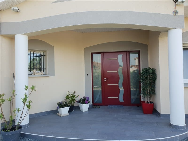 Sale house / villa Riorges 399 000€ - Picture 4