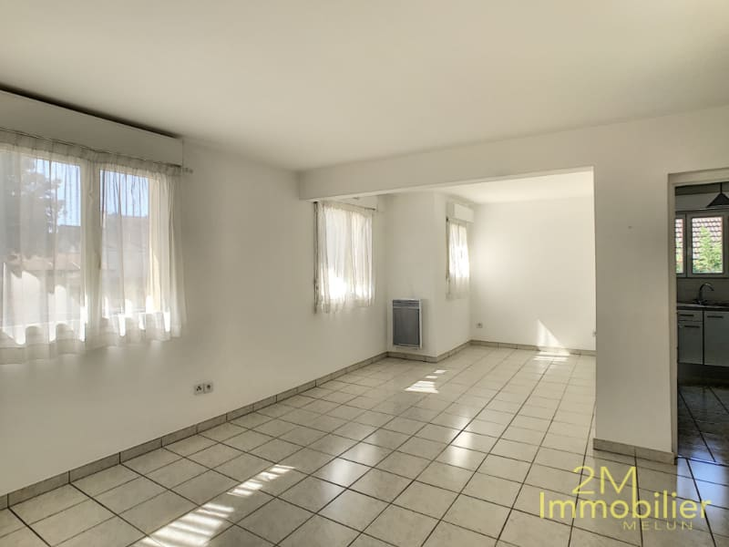Location appartement Melun 875€ CC - Photo 1