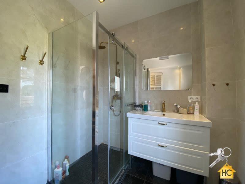 Sale apartment Cannes 390000€ - Picture 6