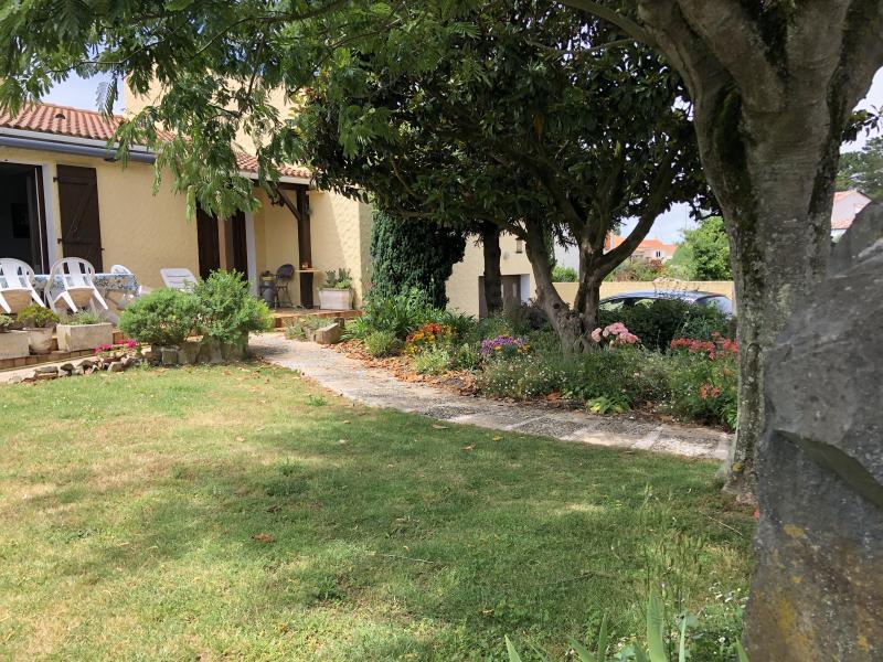 Sale house / villa Chateau d'olonne 418000€ - Picture 2