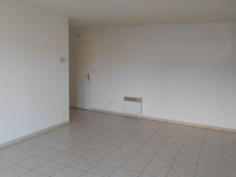 Location appartement Lehaucourt 465€ CC - Photo 4