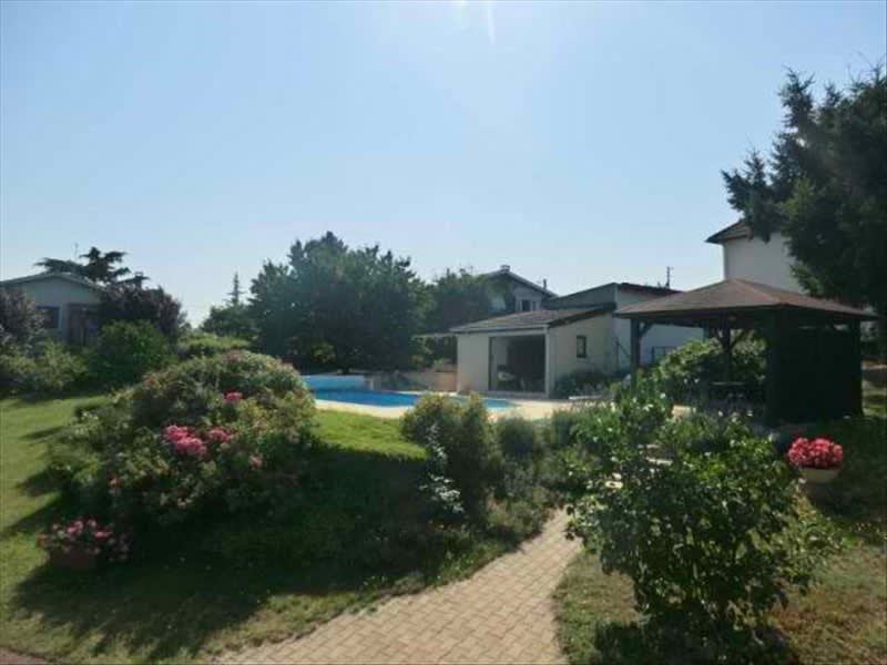 Sale house / villa Villerest 260 000€ - Picture 1