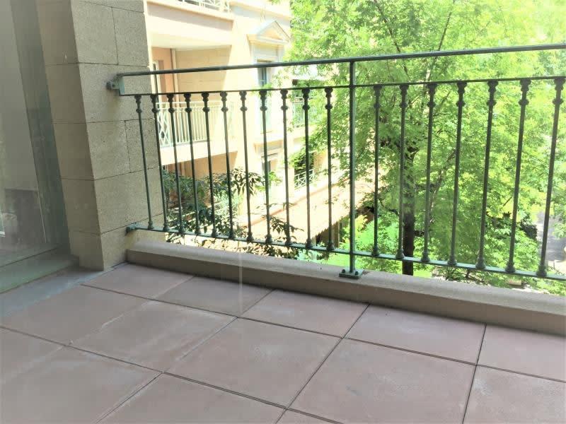 Rental apartment Aix en provence 1550€ CC - Picture 2
