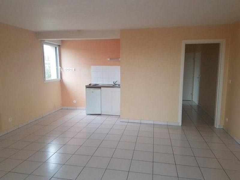 Sale apartment Neufchatel en bray 86000€ - Picture 2