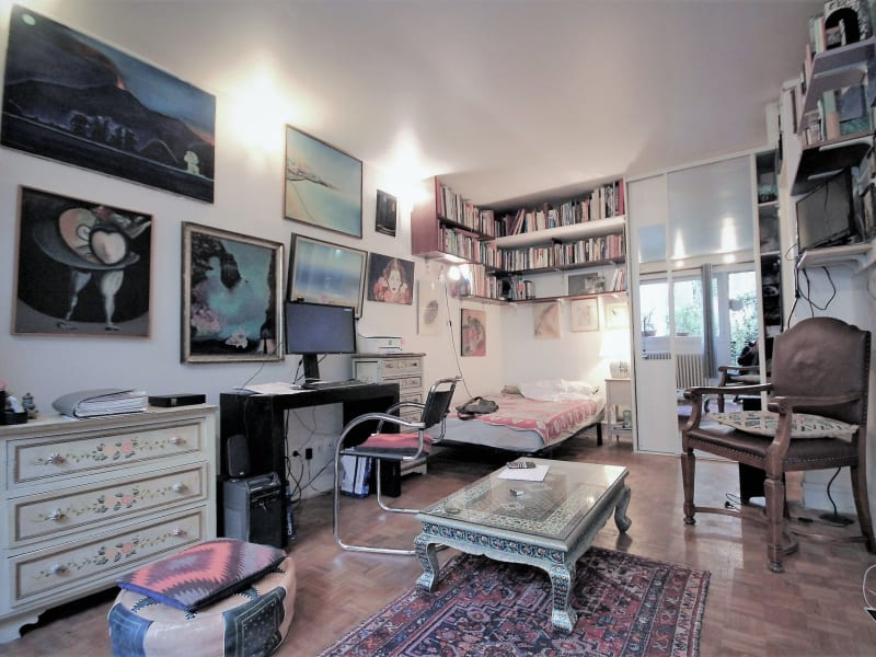 Sale apartment Paris 18ème 305 000€ - Picture 2