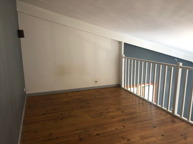 Rental apartment Les milles 674€ CC - Picture 4