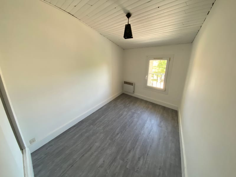 Rental apartment Les milles 703€ CC - Picture 4