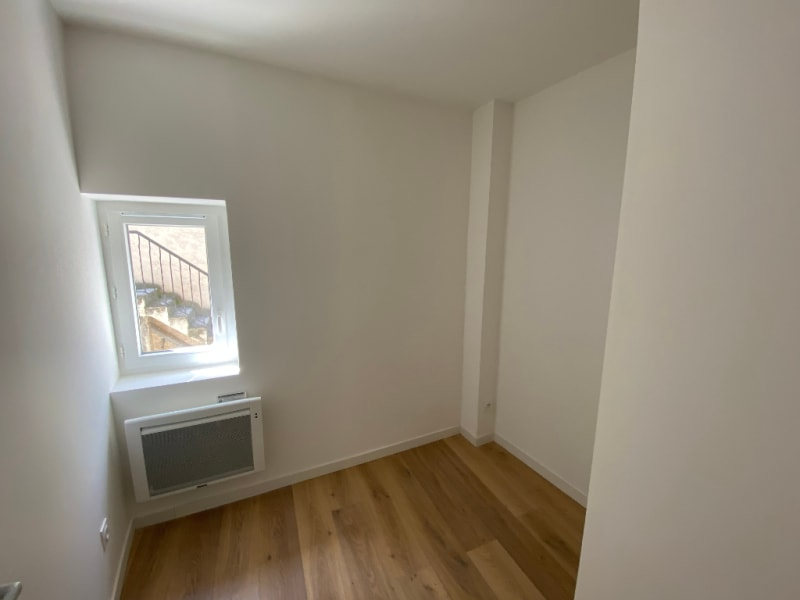 Rental apartment Les milles 700€ CC - Picture 3