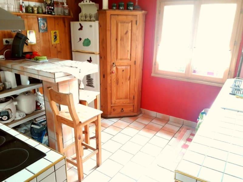 Sale apartment Passy 165000€ - Picture 2
