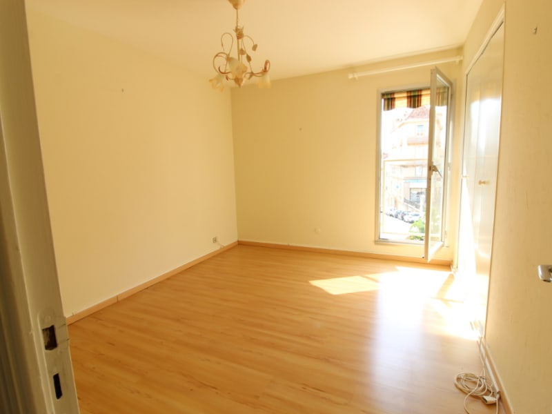 Vente appartement Hyeres 299200€ - Photo 8