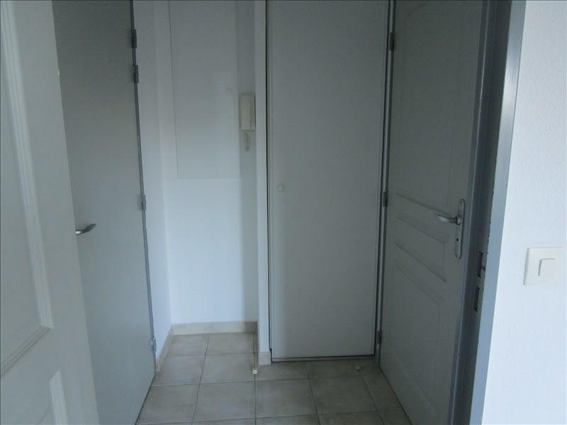 Location appartement Carcassonne 357,97€ CC - Photo 4
