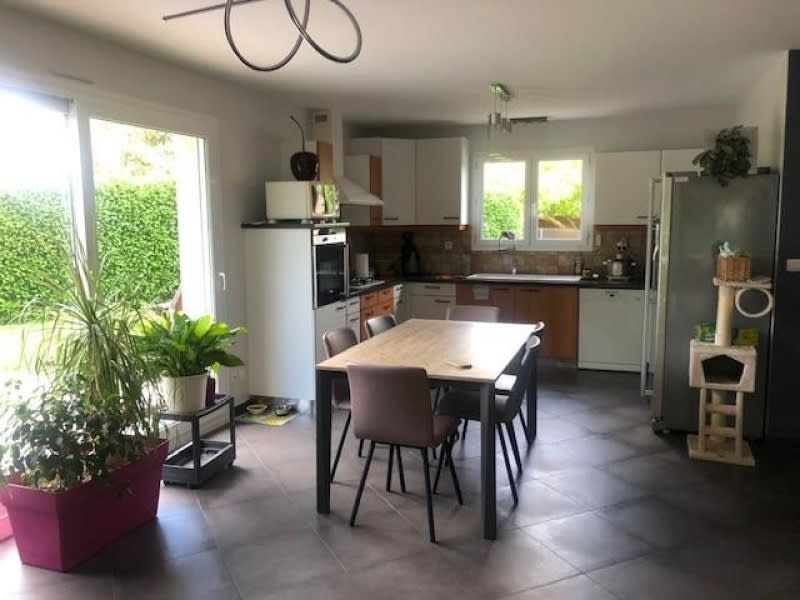 Sale house / villa Bourgoin jallieu 340000€ - Picture 2