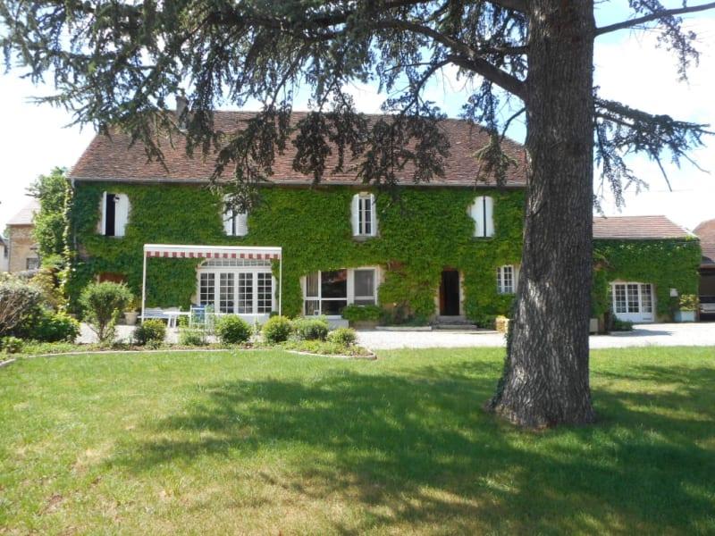 Sale house / villa Beaufort 350000€ - Picture 1