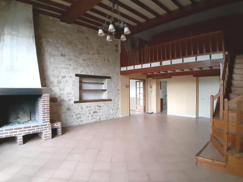 Sale house / villa Lurcy levis 158400€ - Picture 4