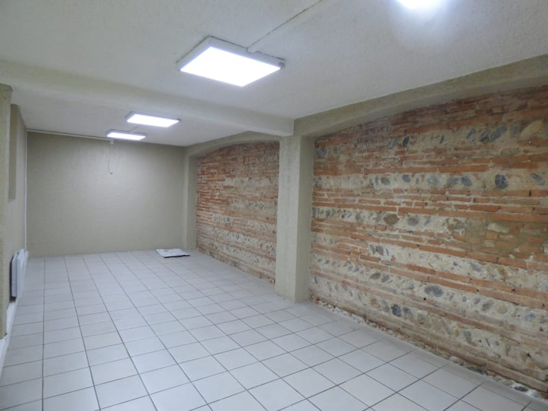 Location local commercial Muret 1 521€ CC - Photo 2