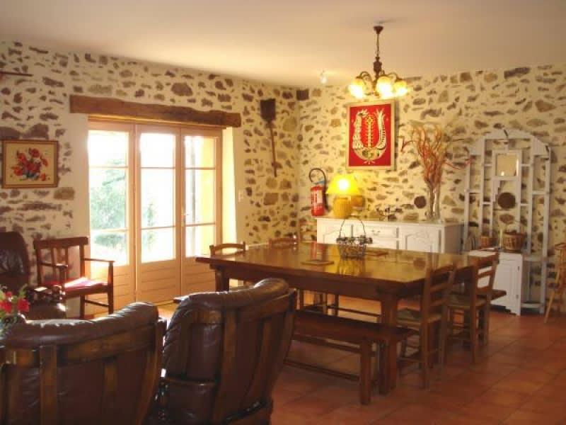 Vente maison / villa Rochechouart 158500€ - Photo 8