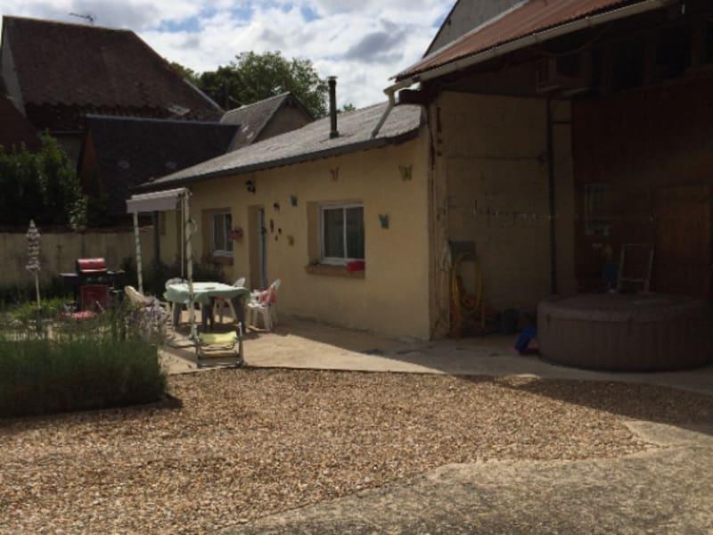 Vente maison / villa Henrichemont 140000€ - Photo 3
