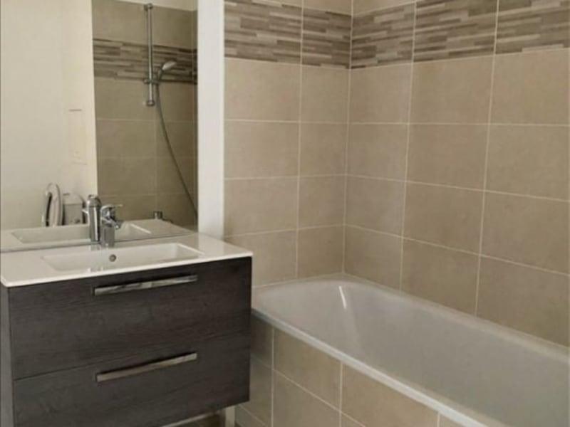 Rental apartment La plaine st denis 925€ CC - Picture 1