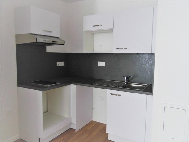 Rental apartment La plaine st denis 925€ CC - Picture 5