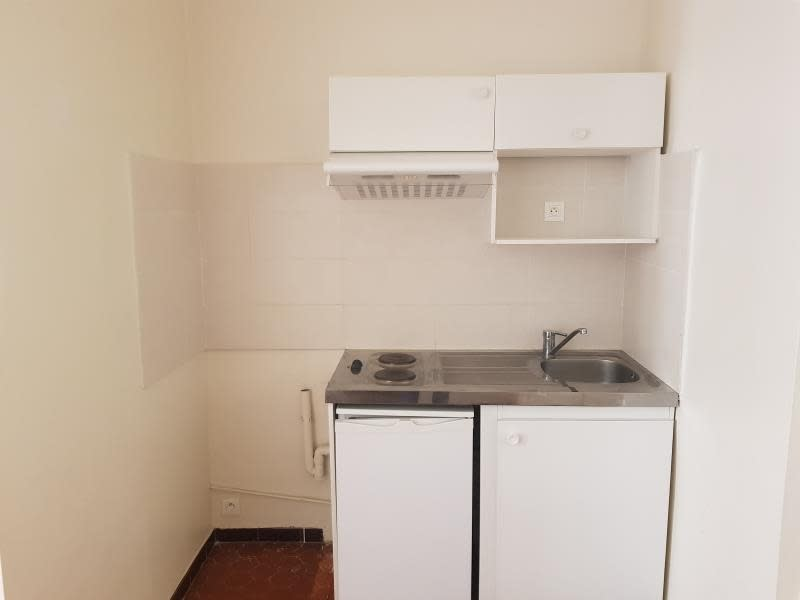 Location appartement Aix en provence 551€ CC - Photo 3