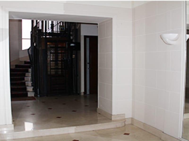 Alquiler  apartamento Paris 8ème 1380€ CC - Fotografía 6