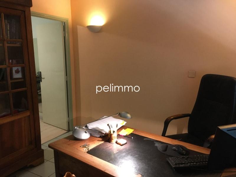 Rental empty room/storage Salon de provence 850€ CC - Picture 3