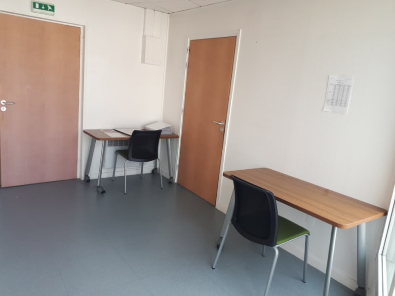 Location local commercial Longuenesse 789€ CC - Photo 5