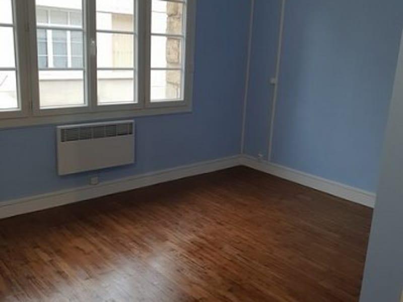 Verhuren  appartement Aumale 420€ CC - Foto 1