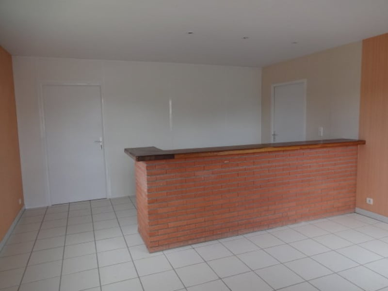 Location local commercial Cornebarrieu 1 150€ CC - Photo 2