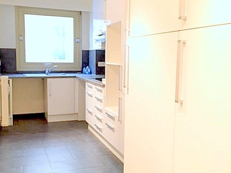 Location appartement Paris 16ème 2325€ CC - Photo 6