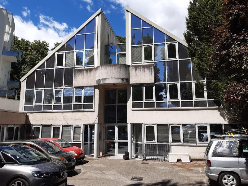 Location bureau Grenoble 7817€ HC - Photo 1