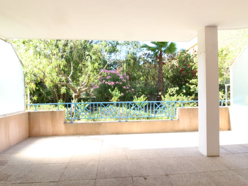 Vendita appartamento Hyères 294600€ - Fotografia 9